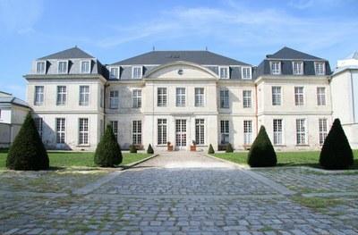 Cour d'honneur du château - Entrée visiteurs